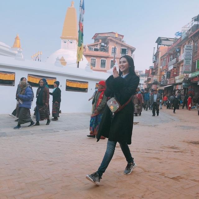 Hoa hậu Tường Linh gây choáng với bộ ảnh mỗi tháng đi du lịch một nước  - 25
