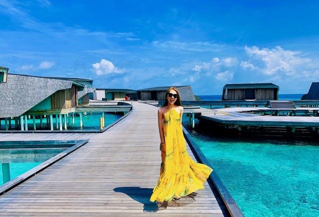 Hoa hậu Tường Linh gây choáng với bộ ảnh mỗi tháng đi du lịch một nước  - 5