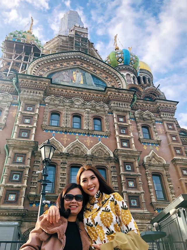 Hoa hậu Tường Linh gây choáng với bộ ảnh mỗi tháng đi du lịch một nước  - 24