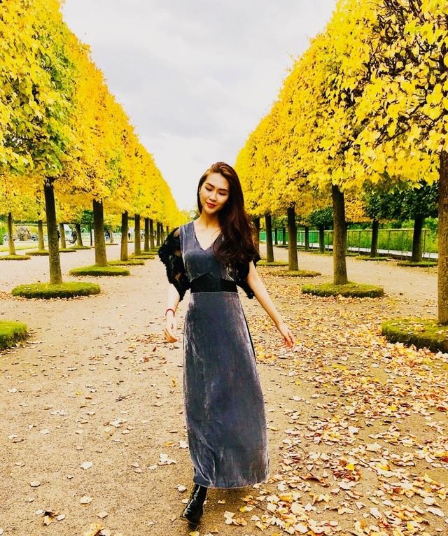 Hoa hậu Tường Linh gây choáng với bộ ảnh mỗi tháng đi du lịch một nước  - 22