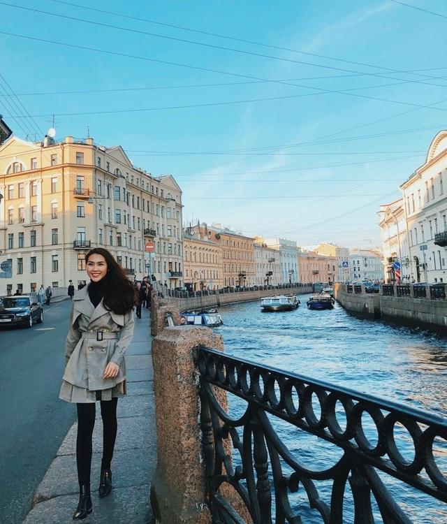Hoa hậu Tường Linh gây choáng với bộ ảnh mỗi tháng đi du lịch một nước  - 10