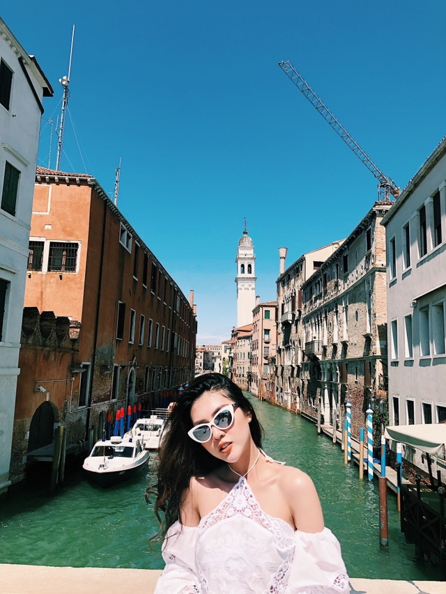 Hoa hậu Tường Linh gây choáng với bộ ảnh mỗi tháng đi du lịch một nước  - 8
