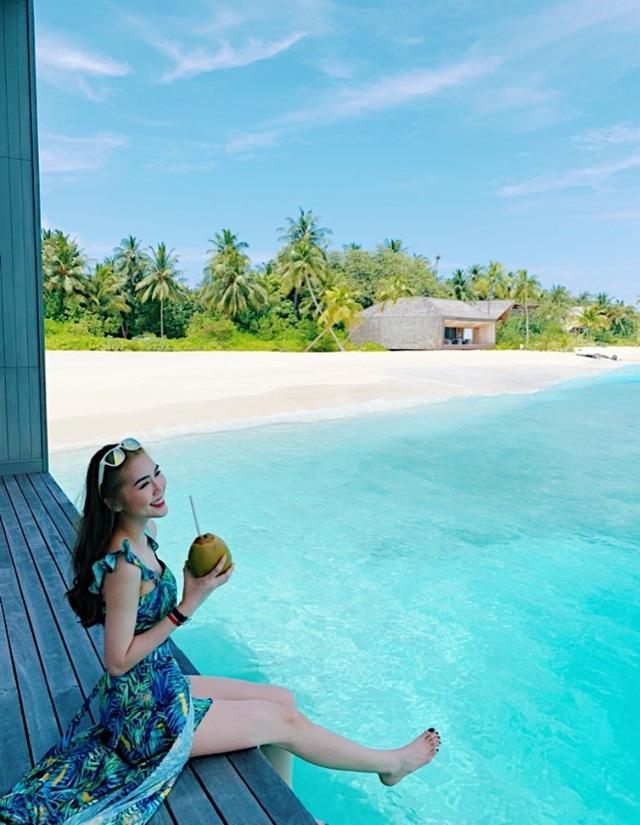 Hoa hậu Tường Linh gây choáng với bộ ảnh mỗi tháng đi du lịch một nước  - 12