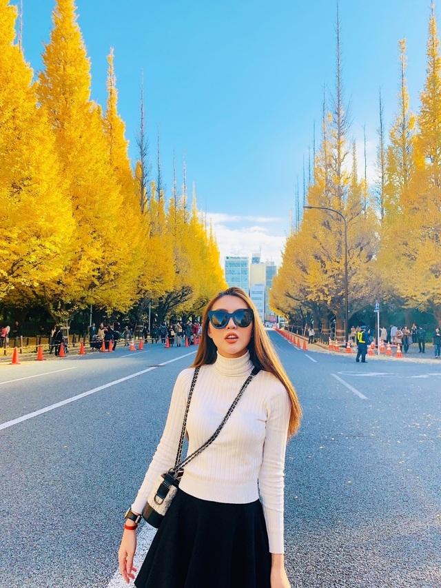 Hoa hậu Tường Linh gây choáng với bộ ảnh mỗi tháng đi du lịch một nước  - 3