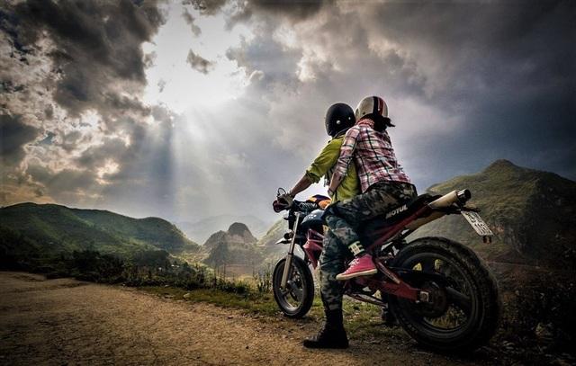 Những kinh nghiệm đi xe máy dành riêng cho các phượt thủ dịp Tết - 3
