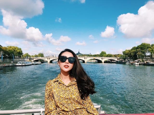 Hoa hậu Tường Linh gây choáng với bộ ảnh mỗi tháng đi du lịch một nước  - 7