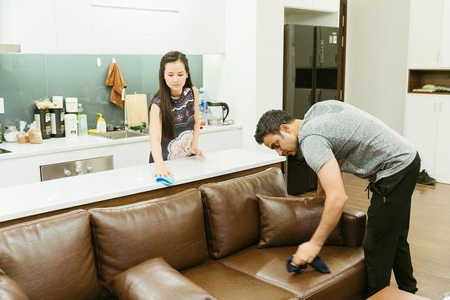 """Võ Hạ Trâm: """"Chồng không ngại việc rửa chén, lau nhà giúp vợ ngày Tết"""" - 7"""
