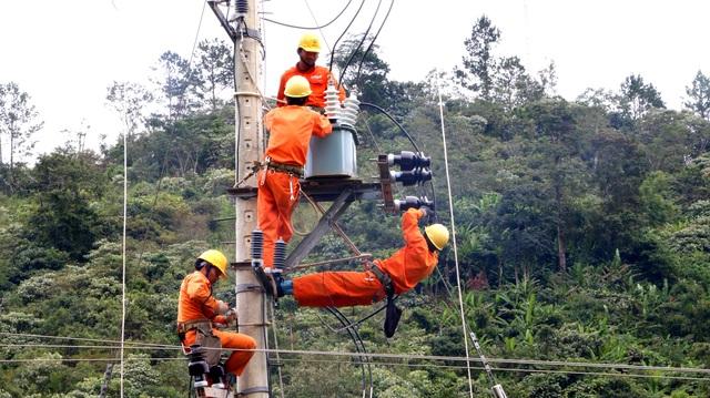 Điện về vùng cao Quảng Nam