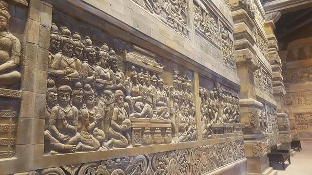 Đấu giá thiên thạch mặt trăng, đại gia xây chùa lớn nhất Việt Nam - 5