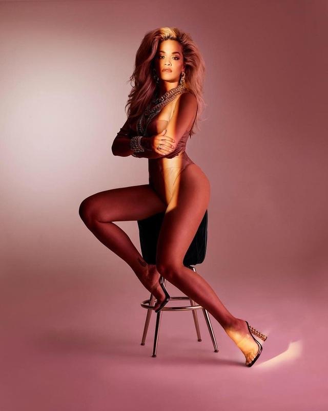 Rita Ora bốc lửa trong bộ ảnh mới - 3
