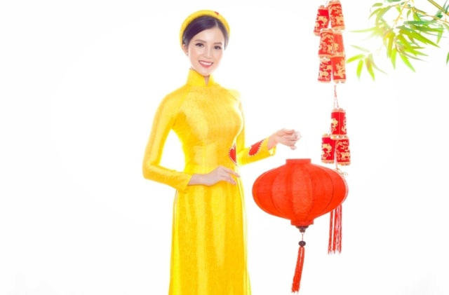 Hoa khôi Sinh viên Cần Thơ chúc năm mới Kỷ Hợi 2019 đến độc giả Dân trí - 1