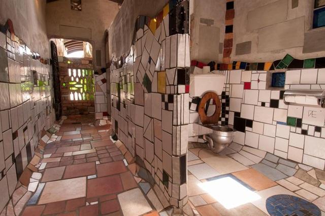 Khách du lịch ùn ùn kéo đến New Zealand để... chụp ảnh trong nhà vệ sinh - Ảnh minh hoạ 6