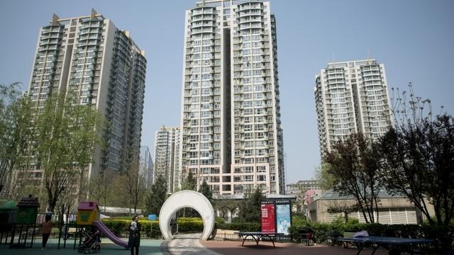 Nếu bây giờ bạn mua một căn hộ, bạn sẽ không kiếm được lãi từ nó đâu, Chủ tịch Ngân hàng Xây dựng Trung Quốc cảnh báo.