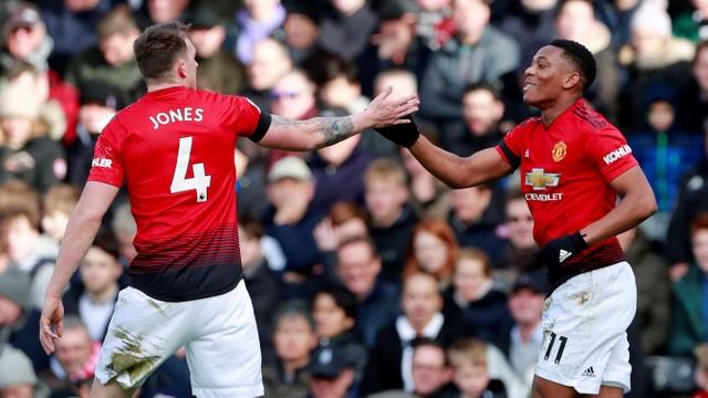 Fulham 0-3 Man Utd: Cú đúp của Pogba - 9