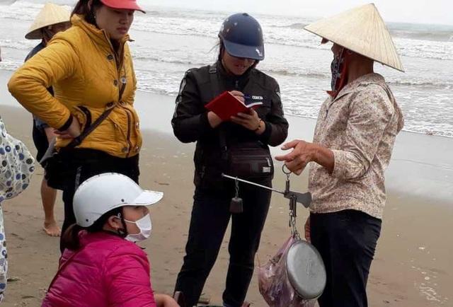 """Thanh Hoá: Ngư dân đón """"lộc biển"""" đầu năm - 10"""