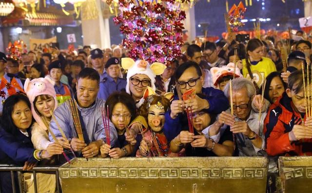 Người Hong Kong ăn mừng năm mới như thế nào? - 3