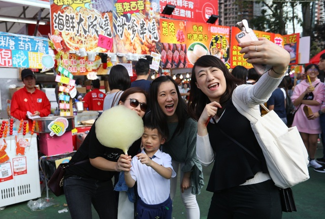 Người Hong Kong ăn mừng năm mới như thế nào? - 6