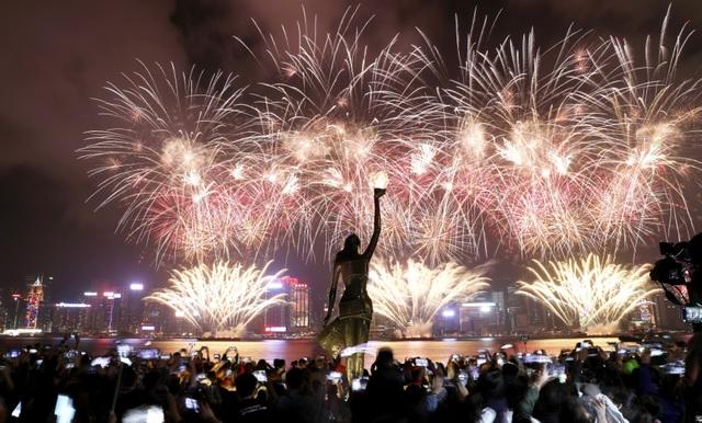 Người Hong Kong ăn mừng năm mới như thế nào? - 10