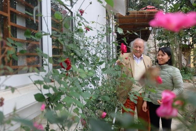 Bí quyết giữ gìn hôn nhân hạnh phúc của cặp đôi chồng 91 vợ 38 tuổi ở Hà Nội - 6