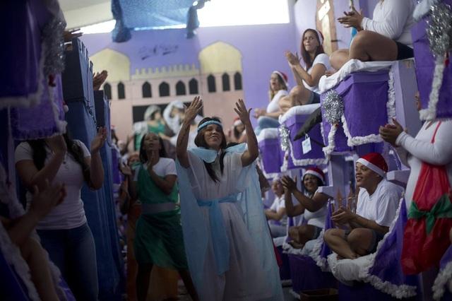 Nữ cướp khét tiếng tiết lộ cuộc sống trong tù ngày đón năm mới - 1