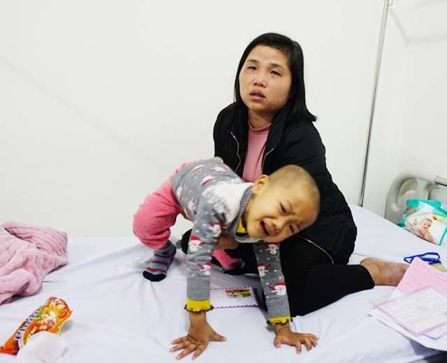 Tiếng khóc xé lòng của bé 5 tuổi liên tục 3 năm chống chọi với bệnh ung thư - 6