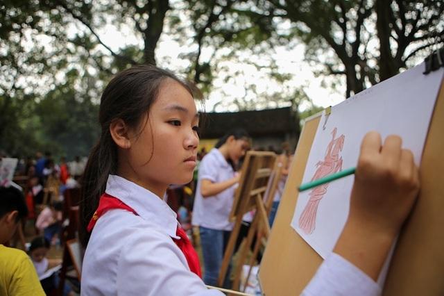 Bé gái 12 tuổi được làm Nữ tướng ở hội Gióng  - 10