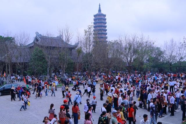 Chính thức khai hội ngôi chùa lớn nhất Việt Nam - 1