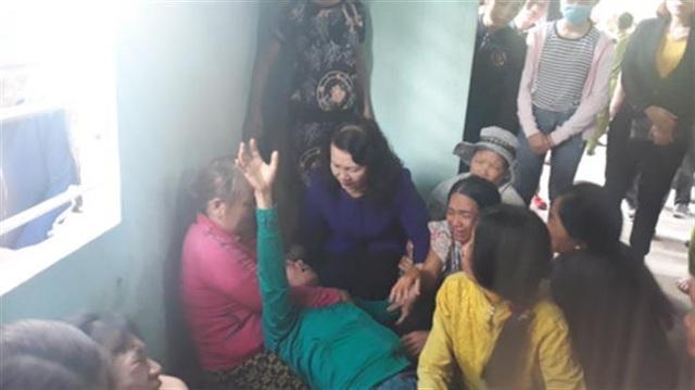 Quảng Nam: Bộ Giáo dục tới viếng, thăm hỏi gia đình học sinh đuối nước - 2