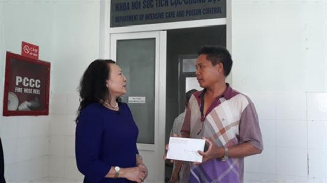 Quảng Nam: Bộ Giáo dục tới viếng, thăm hỏi gia đình học sinh đuối nước - 3