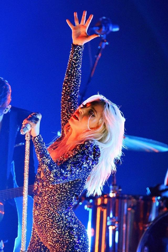 Dua Lipa, Lady Gaga, Cardi B được vinh danh tại lễ trao giải Grammy 2019 - 11