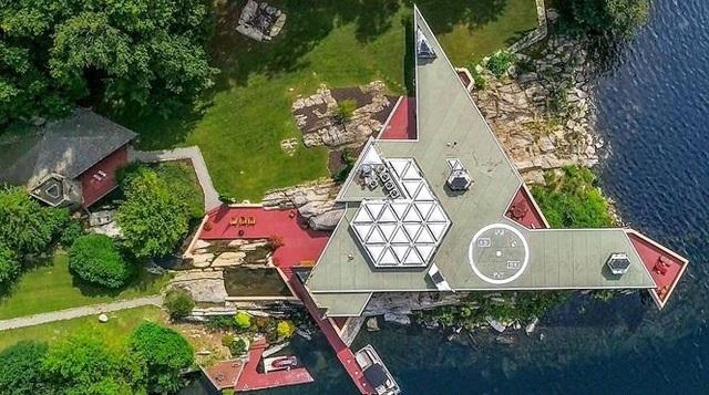 Cận cảnh hòn đảo được rao bán gần 13 triệu USD ở Mỹ    - 1