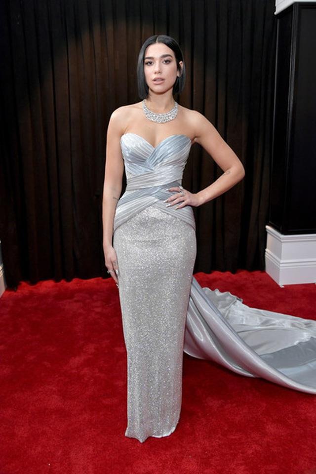 Người đẹp lộng lẫy váy áo trên thảm đỏ Grammy 2019 - 29