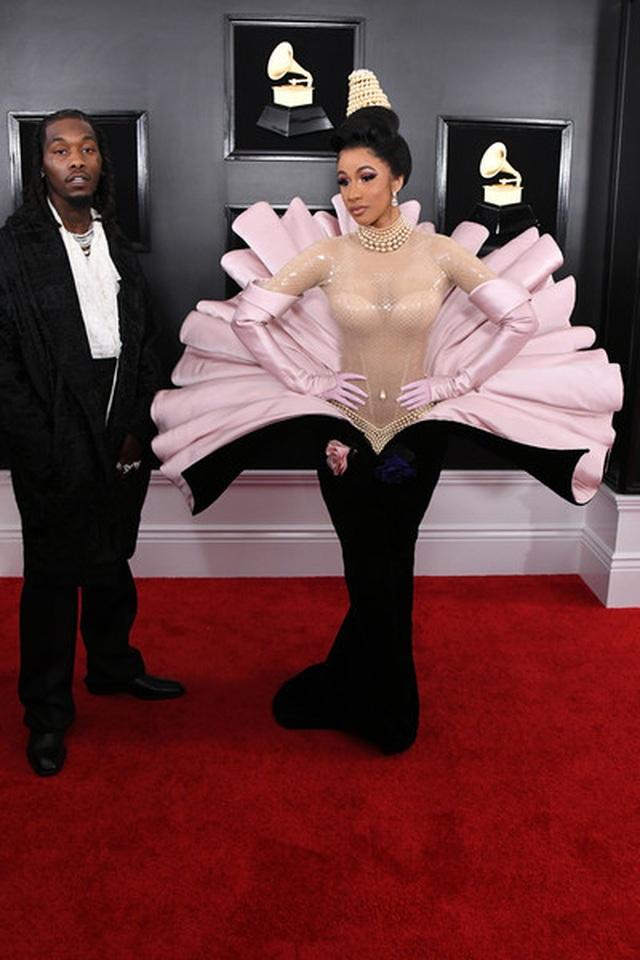 Người đẹp lộng lẫy váy áo trên thảm đỏ Grammy 2019 - 13