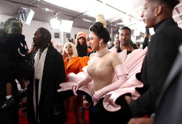 Cardi+B+61st+Annual+Grammy+Awards+Red+Carpet+pIMBi19E_Mjl.jpg