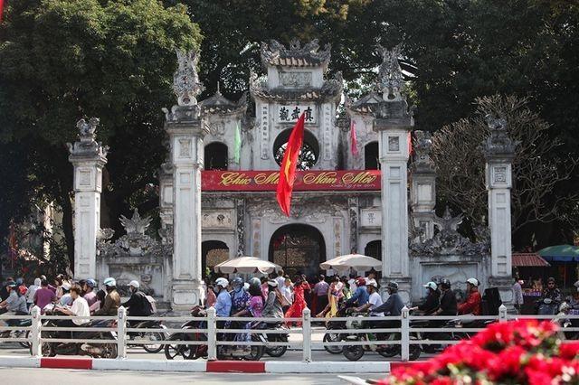 """Chuyện ít người biết về 4 ngôi đền thiêng được xem là """"Tứ trấn Thăng Long""""  - 3"""