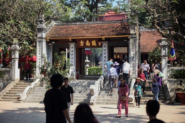 """Chuyện ít người biết về 4 ngôi đền thiêng được xem là """"Tứ trấn Thăng Long""""  - 2"""