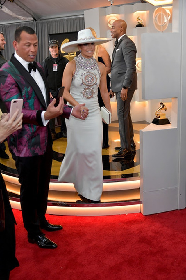Jennifer+Lopez+61st+Annual+Grammy+Awards+Red+kG64TVySOt3l.jpg