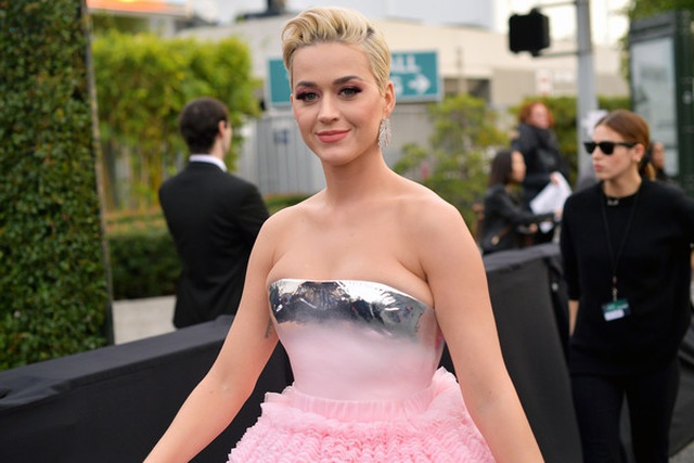 Katy+Perry+61st+Annual+Grammy+Awards+Red+Carpet+q_GfbujDKpDl.jpg