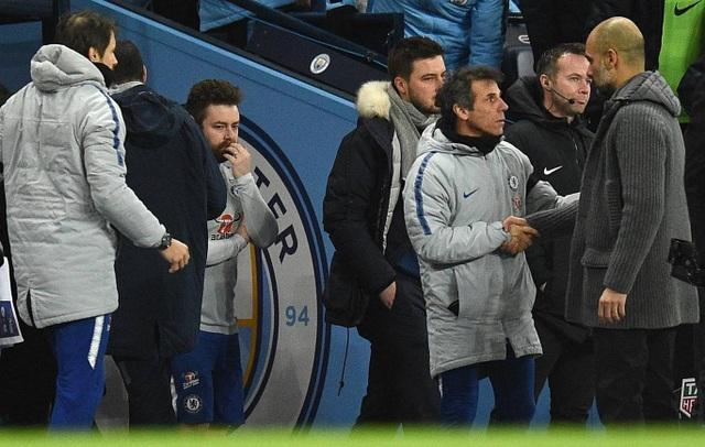 Nhìn lại trận thua tan tác của Chelsea trên sân Man City - 26