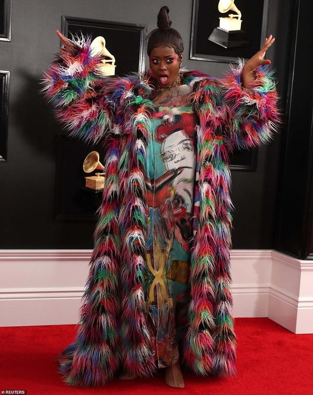 Những bộ váy xấu nhất trên thảm đỏ Grammy 2019 - 10