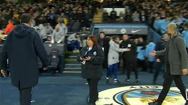 Thua thảm Man City, HLV Sarri từ chối bắt tay Pep Guardiola