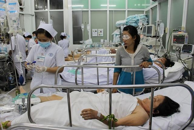 """TPHCM: Tai nạn, ẩu đả dịp Tết phần lớn do """"ma men"""" - 3"""