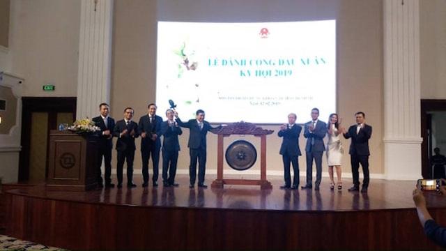 Nhiều doanh nghiệp tỷ USD lên sàn, chứng khoán Việt dẫn đầu ASEAN - 1
