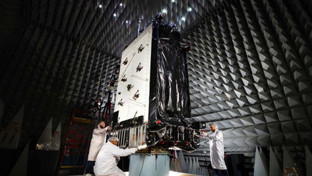Lầu Năm Góc cảnh báo laser diệt vệ tinh của Trung Quốc, Nga - 1