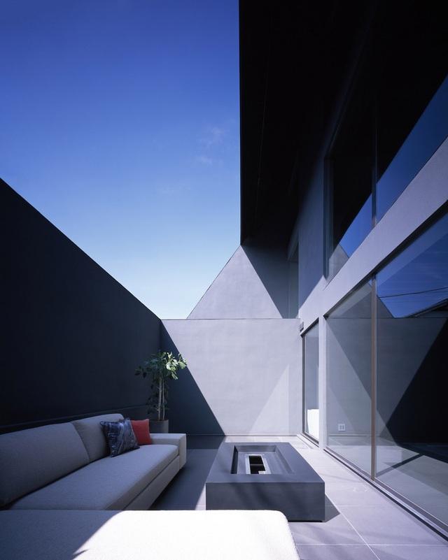 """Lạ mắt với ngôi nhà """"tốc mái"""" của kiến trúc sư Nhật Bản  - 9"""