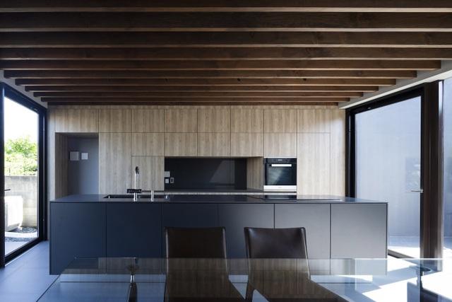 """Lạ mắt với ngôi nhà """"tốc mái"""" của kiến trúc sư Nhật Bản  - 13"""