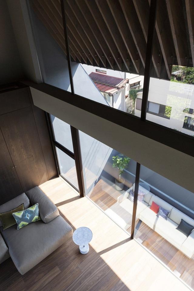 """Lạ mắt với ngôi nhà """"tốc mái"""" của kiến trúc sư Nhật Bản  - 4"""