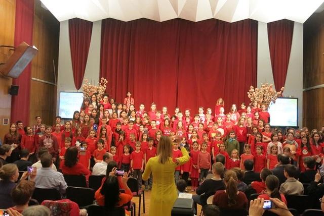 Văn hóa Việt Nam lần thứ ba được giới thiệu tại trường sở Hungary - 1