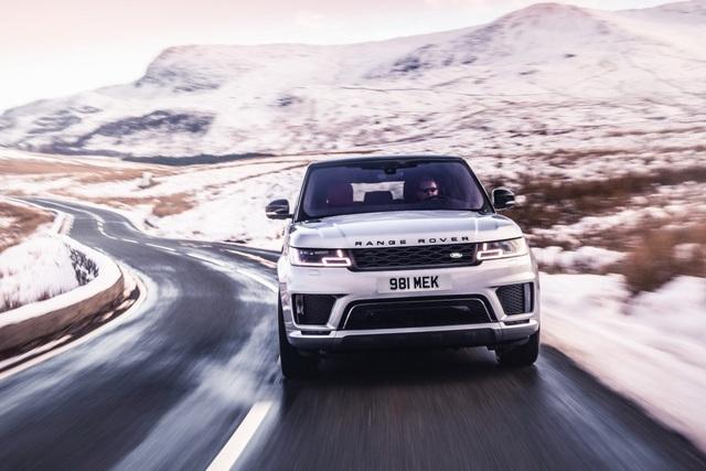 Range Rover Sport HST - Sang chảnh SUV hybrid tính năng vận hành cao  - 1
