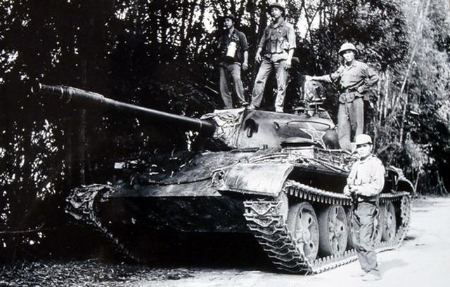 Ký ức trận Bản Sảy - tiêu diệt 12 xe tăng địch trong vòng 7 tiếng - 8